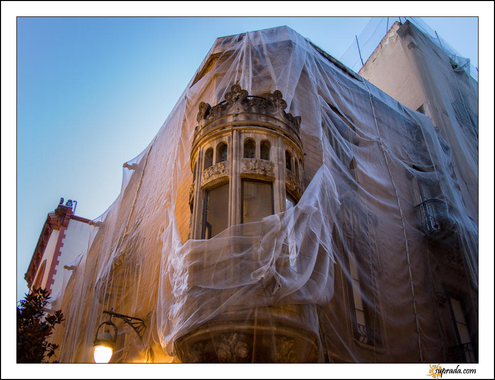 Building in veils