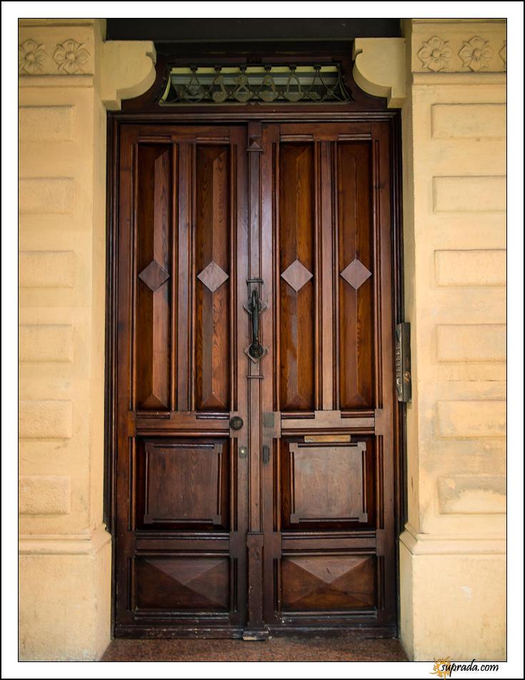 Barcelona Doors - 1